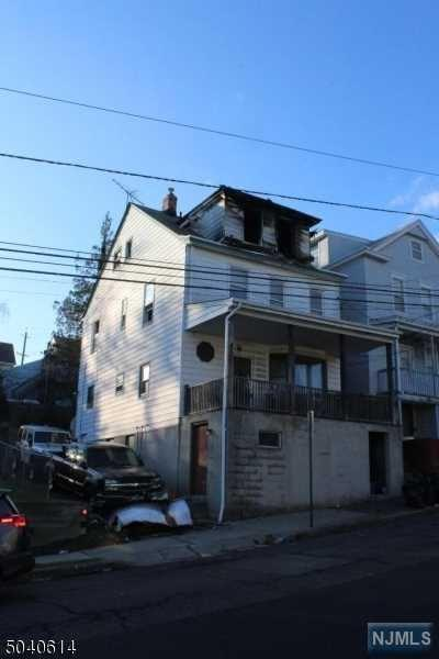 22 WESTERVELT AVE, Hawthorne, NJ 07506 - Photo 2