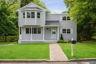 102 SOMERSET RD, Norwood, NJ 07648 - Photo 1