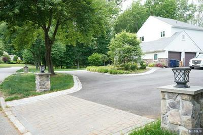 31 COBBLESTONE XING, NORWOOD, NJ 07648 - Photo 2