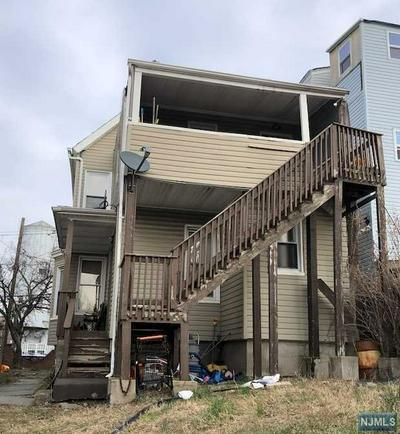 70 JOHNSTON AVE, Kearny, NJ 07032 - Photo 2