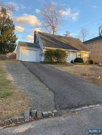 30 ELMWOOD DR, Livingston, NJ 07039 - Photo 1