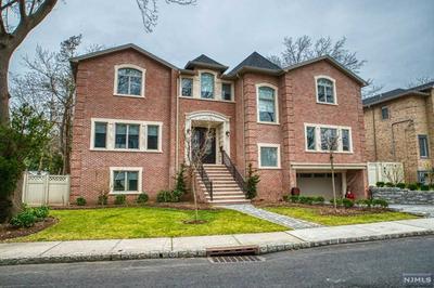 203 BLUFF RD, FORT LEE, NJ 07024 - Photo 1