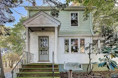 10 LIVINGSTON AVE, Roseland, NJ 07068 - Photo 1