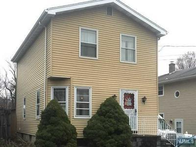 159 8TH AVE, HAWTHORNE, NJ 07506 - Photo 1