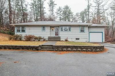 915 UNION VALLEY RD, WEST MILFORD, NJ 07480 - Photo 2