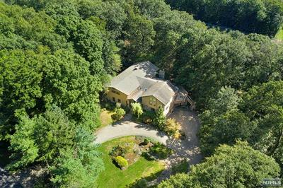 19 GLENWOOD DR, Saddle River, NJ 07458 - Photo 2