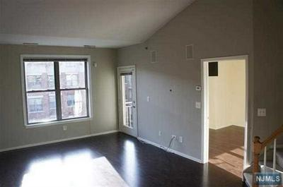 26 AVE AT PORT IMPERIAL APT 431, WEST NEW YORK, NJ 07093 - Photo 1