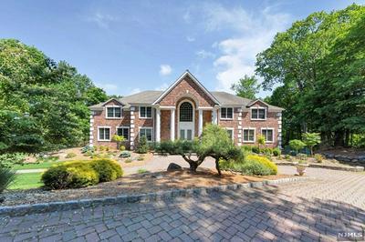 878 RIDGE VIEW WAY, Franklin Lakes, NJ 07417 - Photo 2