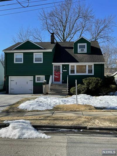 754 LANCASTER RD, Ridgefield, NJ 07657 - Photo 1