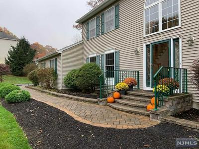 4 ANDREA CT, Mount Olive Township, NJ 07828 - Photo 2