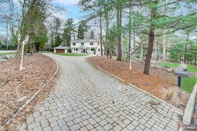 16 HARVEY LN, Upper Saddle River, NJ 07458 - Photo 2
