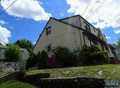 7 SUNSET DR, Woodland Park, NJ 07424 - Photo 2