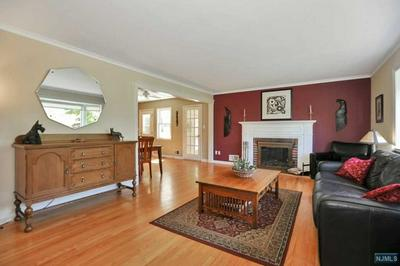 92 COLONIAL RD, Emerson, NJ 07630 - Photo 2