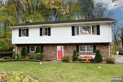 152 SKYLANDS RD, Ringwood, NJ 07456 - Photo 1