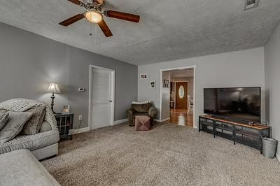 3916 OLD MADISON PIKE, Fort Mitchell, KY 41017 - Photo 2