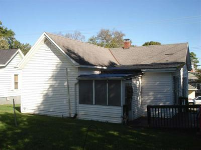 447 E BRIDGE ST, CYNTHIANA, KY 41031 - Photo 2