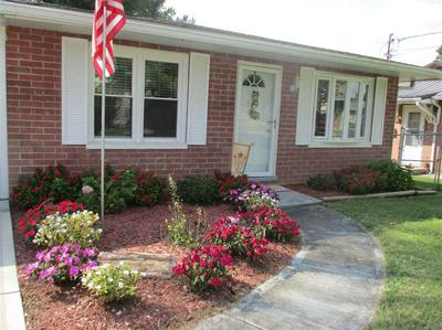 307 MONUMENT ST, Falmouth, KY 41040 - Photo 2