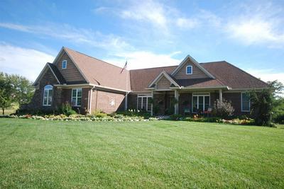 2741 SUNCHASE BLVD, Burlington, KY 41005 - Photo 1