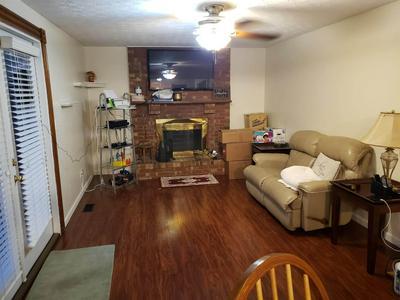 3044 FEATHERSTONE DR, Burlington, KY 41005 - Photo 2