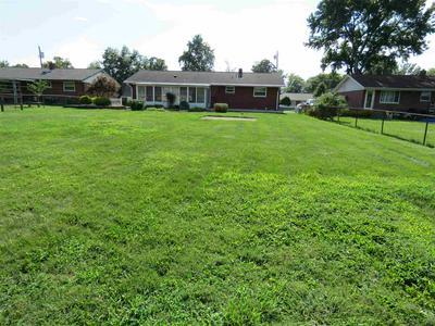 913 KENRIDGE ST, Villa Hills, KY 41017 - Photo 2