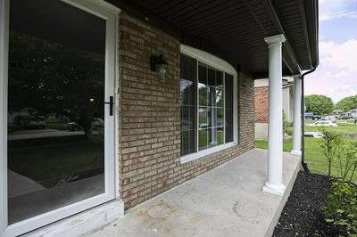 1004 CLUBHOUSE DR, Independence, KY 41051 - Photo 2