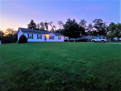365 EAGLE RIDGE DR, Dry Ridge, KY 41035 - Photo 2