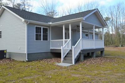 3142 GREYS POINT RD, TOPPING, VA 23169 - Photo 2