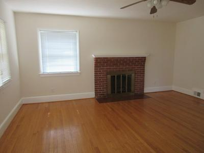 85 SUNSET LN, Warsaw, VA 22572 - Photo 2