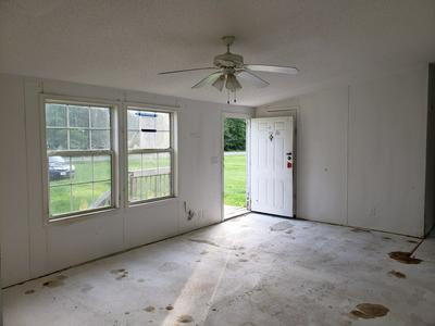 36005 TIDEWATER TRL, LANEVIEW, VA 22504 - Photo 2