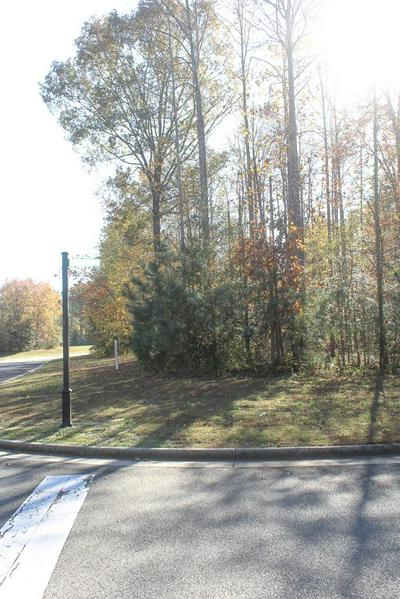 13 PLEASANTS LN, KILMARNOCK, VA 22482 - Photo 1