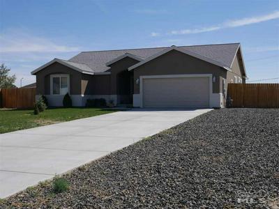 3190 BRISTLECONE LN, Silver Springs, NV 89429 - Photo 2
