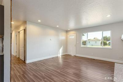 828 H ST, Sparks, NV 89431 - Photo 2