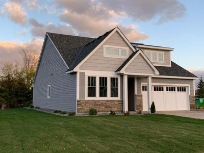 5011 DALE RIDGE RD, Woodbury, MN 55129 - Photo 2