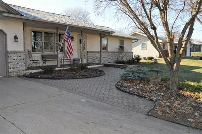 101 WOODCREST DR, Burnsville, MN 55337 - Photo 2