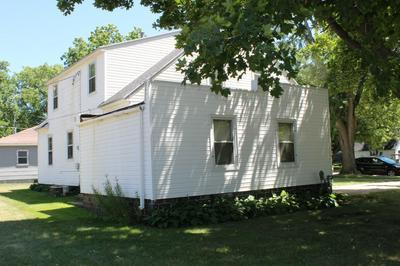 112 W 4TH ST, Sherburn, MN 56171 - Photo 2