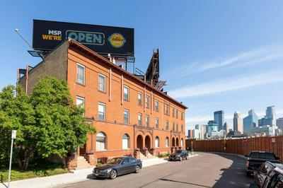 1800 4TH AVE S APT C, Minneapolis, MN 55404 - Photo 2