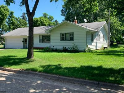 426 N MORNINGSIDE AVE, Litchfield, MN 55355 - Photo 2