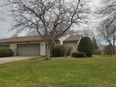 605 E WELCO DR, Montgomery, MN 56069 - Photo 2