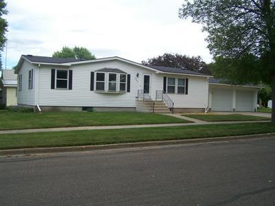 838 PINE ST, Wabasso, MN 56293 - Photo 1
