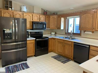 573 N DONNELLY AVE, Litchfield, MN 55355 - Photo 2
