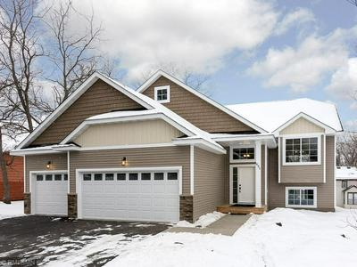 695 4TH AVE, NEWPORT, MN 55055 - Photo 1