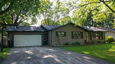 803 2ND AVE SE, Pipestone, MN 56164 - Photo 1