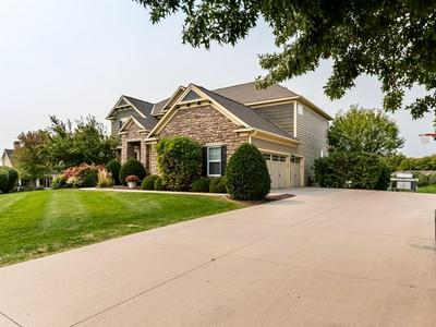 7521 BEACON CT, Excelsior, MN 55331 - Photo 2