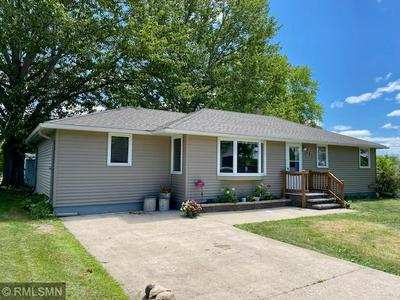 721 PARK AVE N, Browerville, MN 56438 - Photo 2