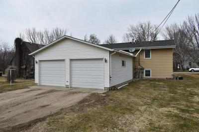416 2ND AVE NE, Glenwood, MN 56334 - Photo 2