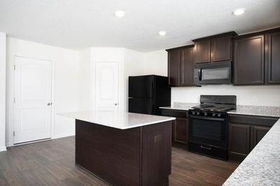 127 COTTONWOOD ST NE, LONSDALE, MN 55046 - Photo 2