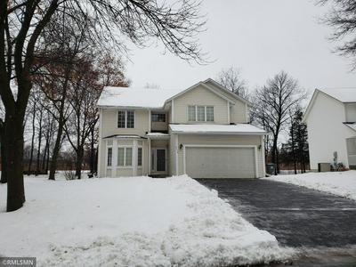 9136 BRIARGLEN RD, Eden Prairie, MN 55347 - Photo 2