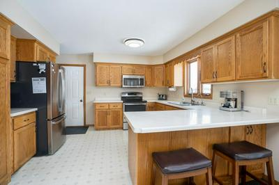 304 QUINCE ST SW, NEW LONDON, MN 56273 - Photo 2