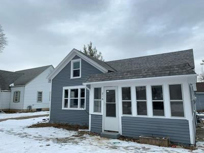 216 W 4TH ST, Chaska, MN 55318 - Photo 2