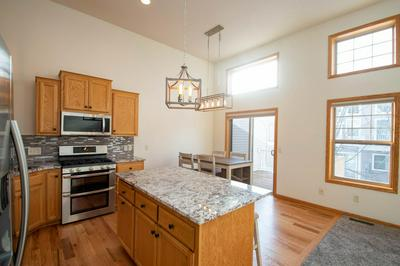 3112 FRONTIER DR, Woodbury, MN 55129 - Photo 2